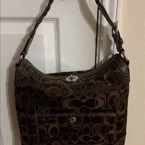 Coach hobo bag in pristine condition